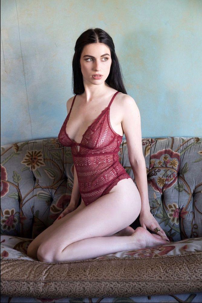 Юная модель Agent Provocateur запустила собственную линейку нижнего белья нижнего, Леннокс, белья, Agent, певицы, провели, кадры, съемок, собственной, марки, выглядят, просто, потрясающеФотосет, Madonna, калифорнийском, отеле, показала, белье, изготовлено, вручную