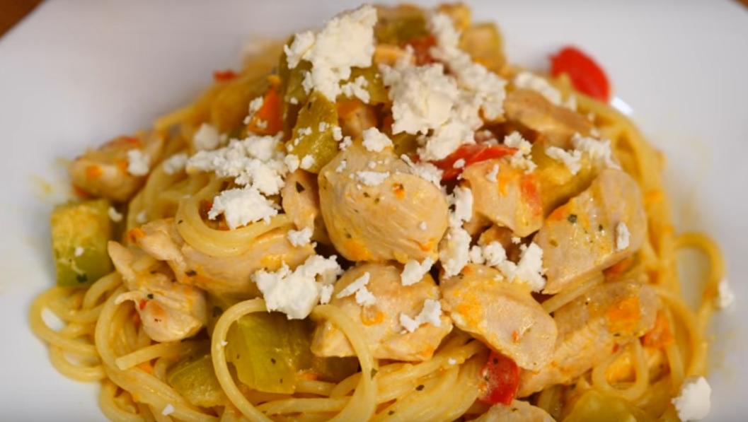 Спагетти с мясом и овощами: готовим к обеду