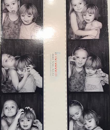 Лили-Роуз Депп поздравила своего брата Джека с 18-летием и показала его редкие фотографии Звездные дети