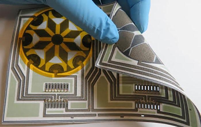 Бумажная батарея, которая работает от слюны