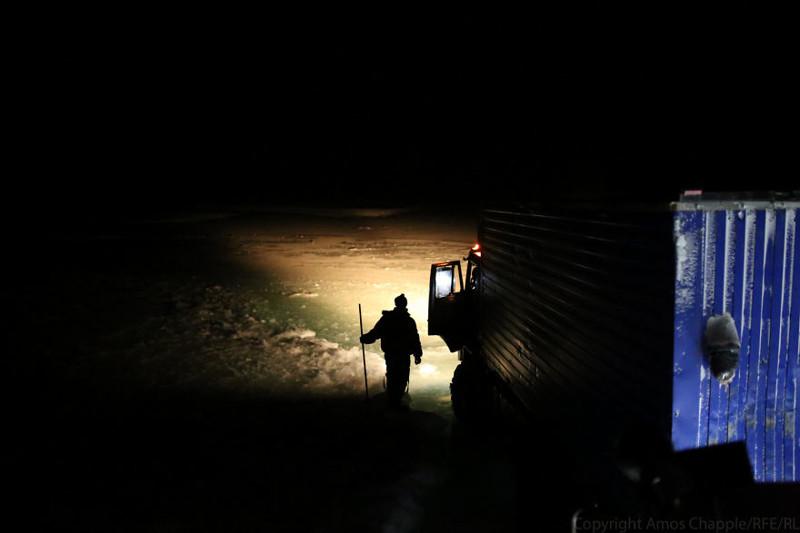 Приключения новозеландца на Колыме дальнобойщики, журналист меняет профессию, опасный бизнес, россия, сибирь