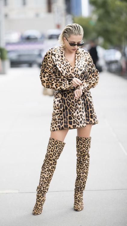Приручить зверя: 50 примеров, как носить леопардовый принт