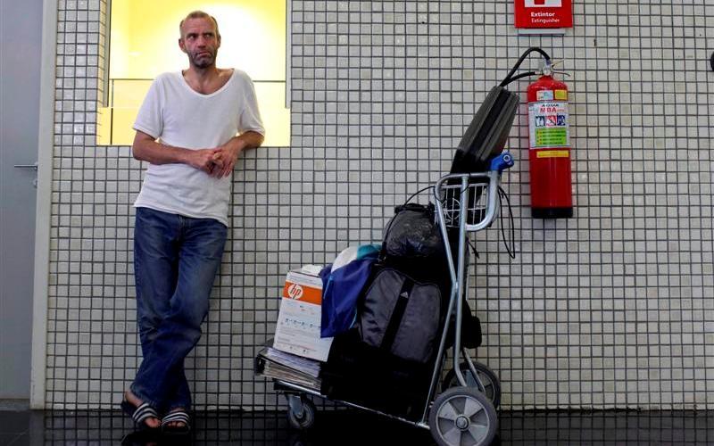 Невольные жители аэропортов