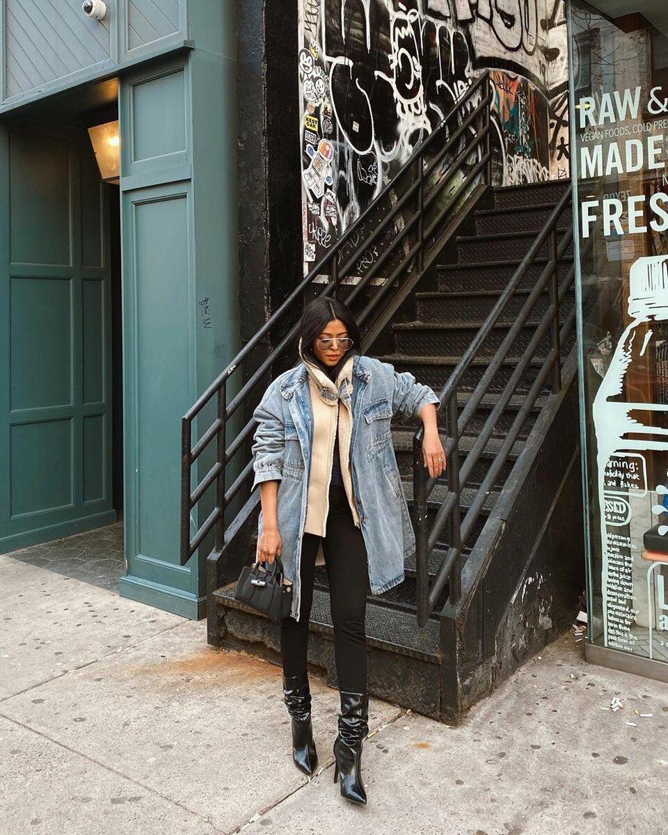 Следуй трендам! Модная джинсовая одежда 2020: комфортные и практичные модели