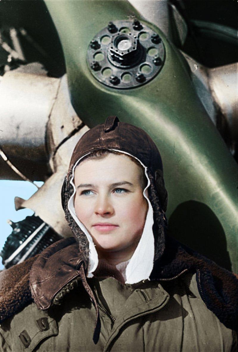 Картинки женщины летчицы
