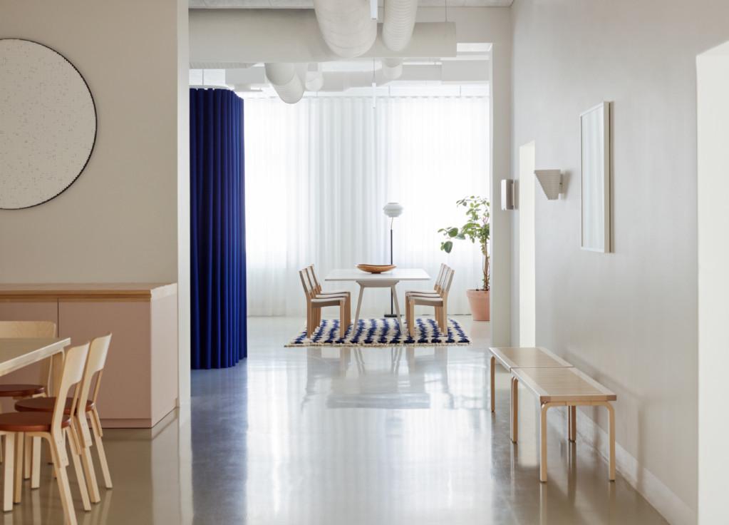 Минималистская штаб-квартира Artek в Хельсинки интерьер и дизайн
