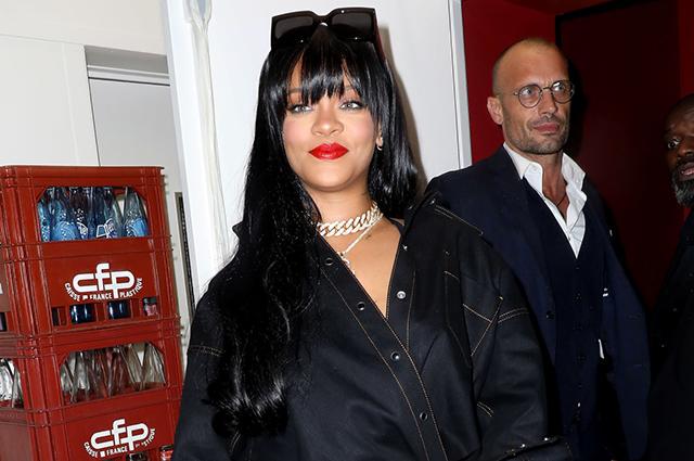 Рианна в образе total black на вечеринке в Париже