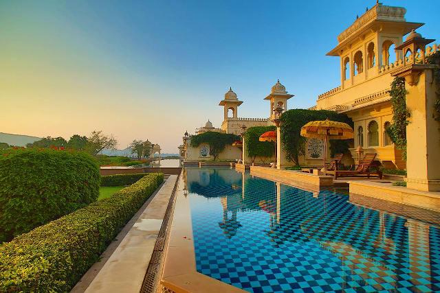 МИР ВОКРУГ. 10 самых роскошных отелей Индии