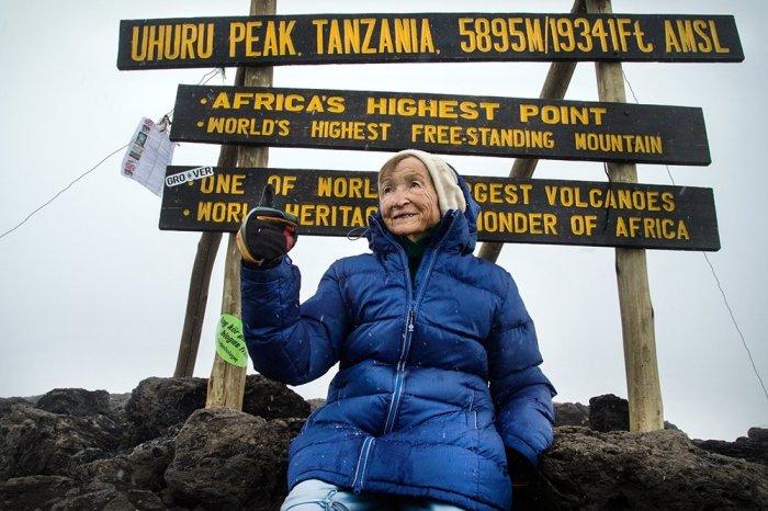 Ангела Воробьева на Килиманджаро. / Фото: Сергей Андрийчук, www.rg.ru