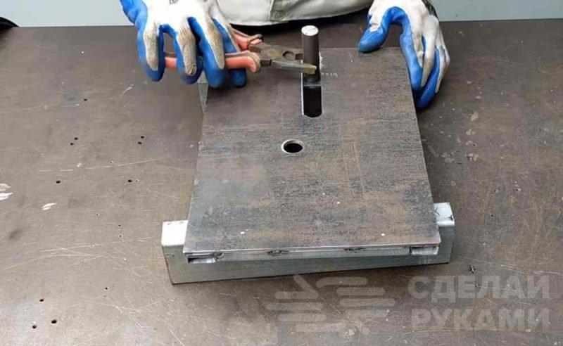 Гибочный станок для изготовления завитков из металла самоделкин