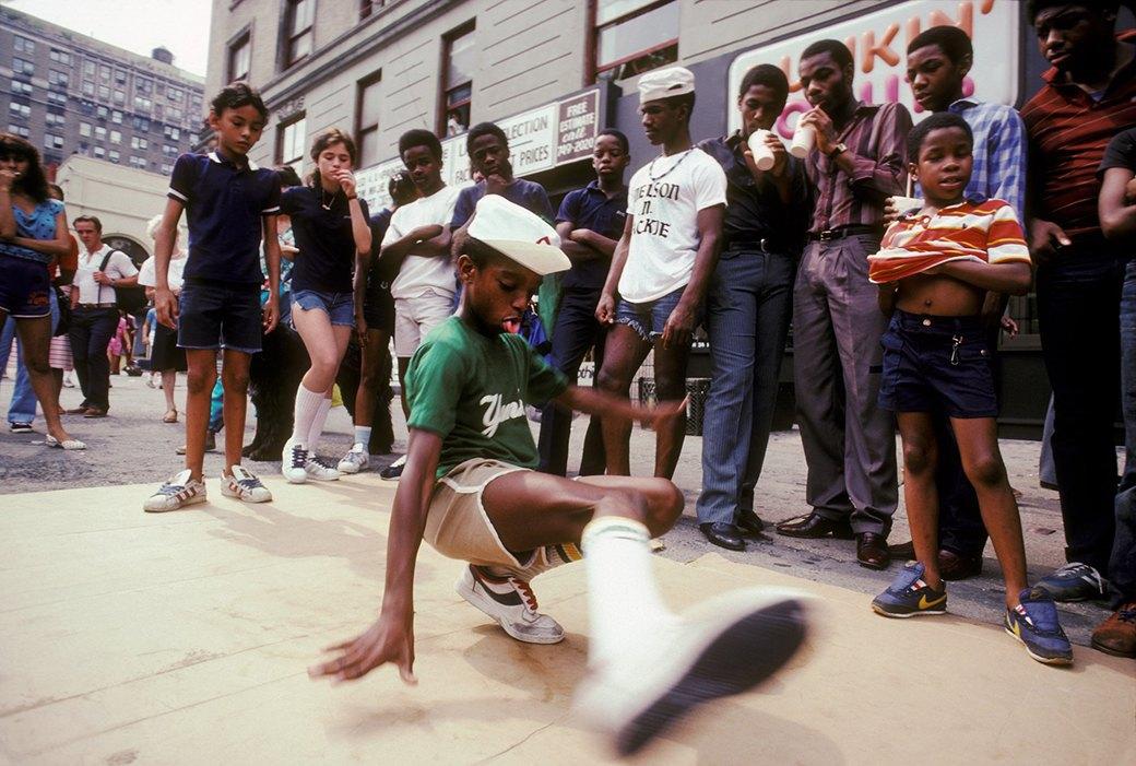 Война под знаменем Nike: почему в80-е вСША убивали замодные кроссовки икуртки