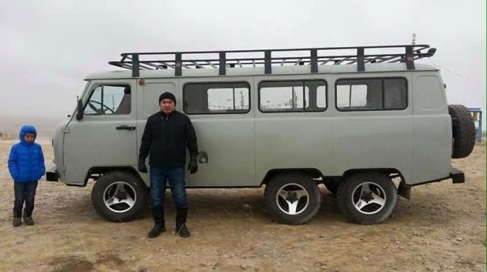 ТрехоÑный УÐЗ, который в Монголии вовÑе и не редкоÑÑ'ÑŒ. | Фото: carakoom.com.