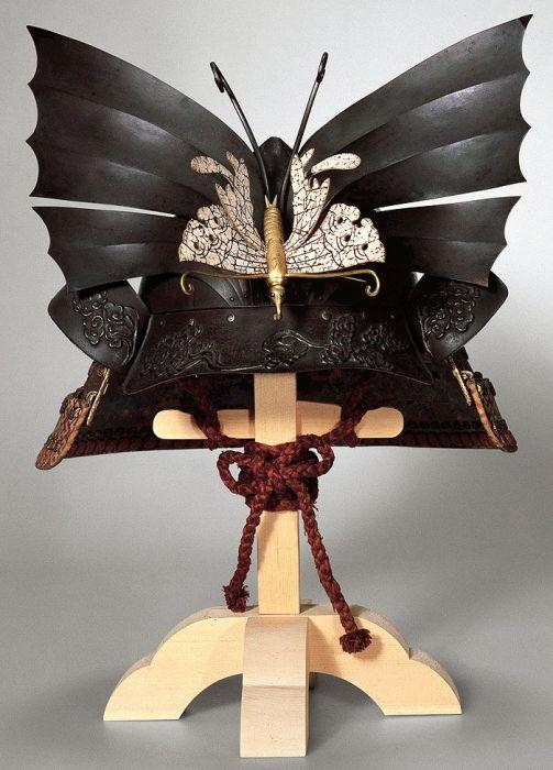 Рогатый шлем даймё Хонде Тадакацу