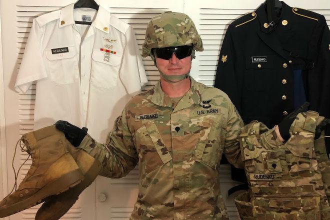 Смотрим вещевое обеспечение  рядового в США получают, базового, тренинга, стадии, шапка, перчаткиСама, повседневная, форма, выглядит, великолепно, Удобная, обувь, протекторе, персональная, аптечка, каждому, бойцу, спортивный, сказать, солдатах