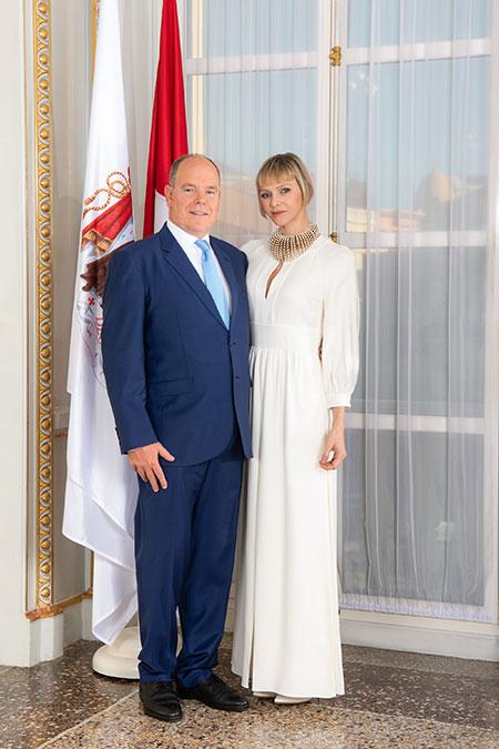 Княгиня Шарлен празднует день рождения: представлены новые портреты с ее участием Монархи,Новости монархов