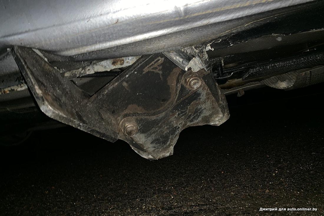 """На трассе кузов пробил металлический предмет. Водитель: """"К кому обращаться?"""" дороги"""