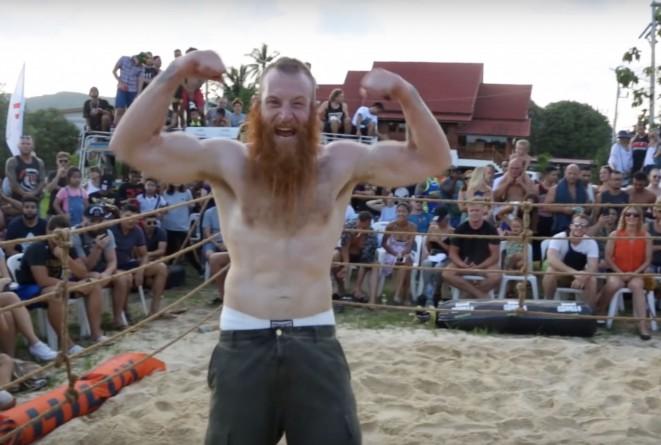 Настоящий викинг вышел против длиннорукого ММА-бразильца. Противостояние до последней секунды