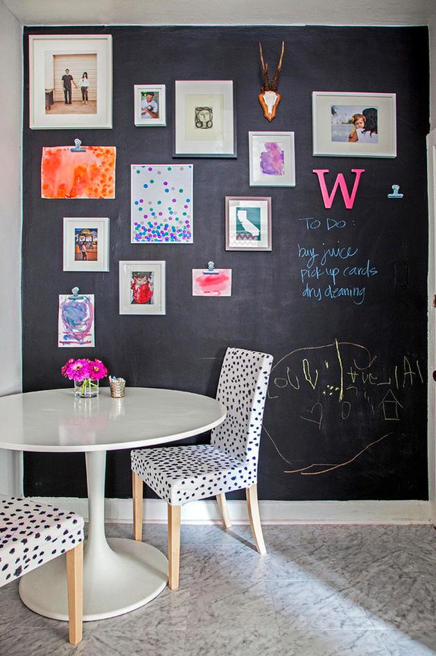 Кухня в цветах: черный, белый. Кухня в стилях: минимализм, скандинавский стиль.