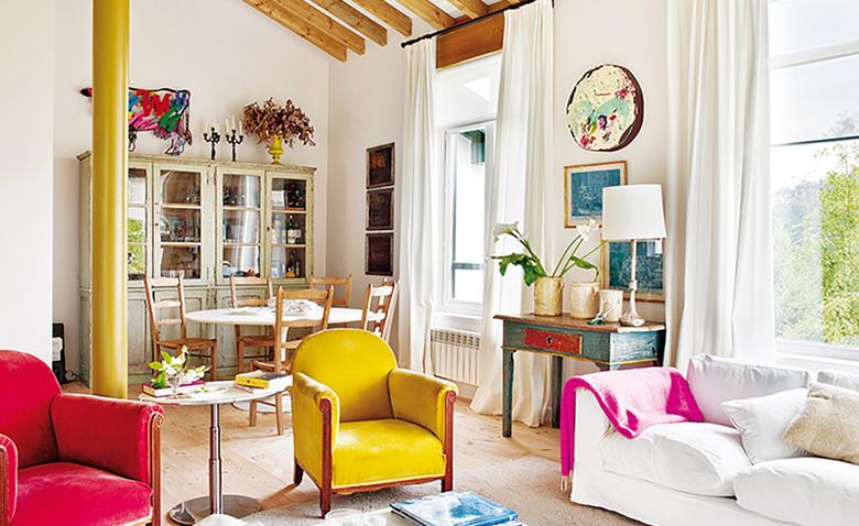 Яркий и аппетитный деревенский дом в Испании