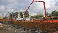 В Крыму продолжается строите…