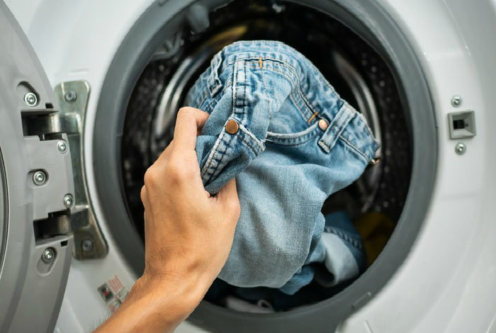 Почему не стоит часто стирать джинсы и еще 8 советов о том, насколько тщательно нужно следить за гигиеной домашний очаг,рукоделие,своими руками,стирка