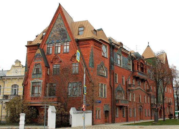 14 зданий-шедевров в Москве, которые стоит увидеть, хотя их нет в путеводителях