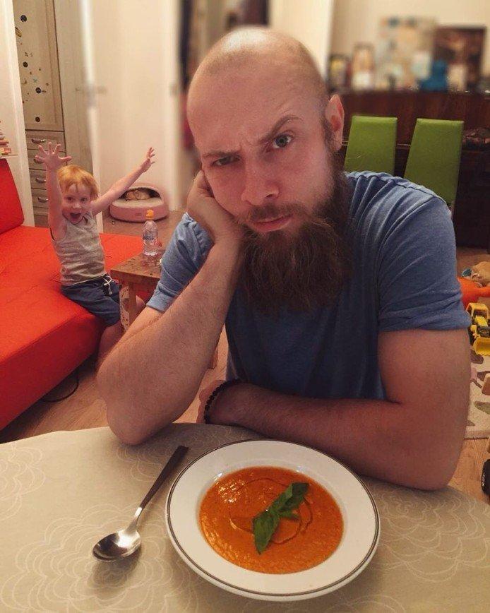 Холодный томатный суп гаспачо: готовим по рецепту супруга Тутты Ларсен