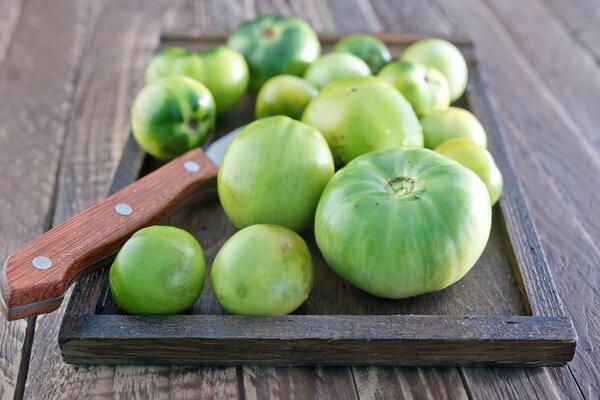 Икра из зеленых помидоров на…