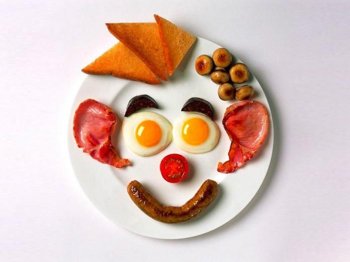 С добрым утром картинки прикольные смешные с надписями мужчине с яичницей