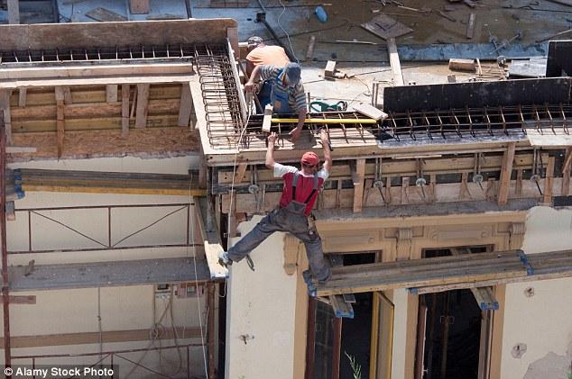 Осторожно, идиоты на работе, или Каким образом они еще живы? глупость,техника безопасности,юмор и курьезы