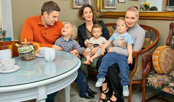 Почему 74-летняя Татьяна Васильева до сих пор помогает своим взрослым детям