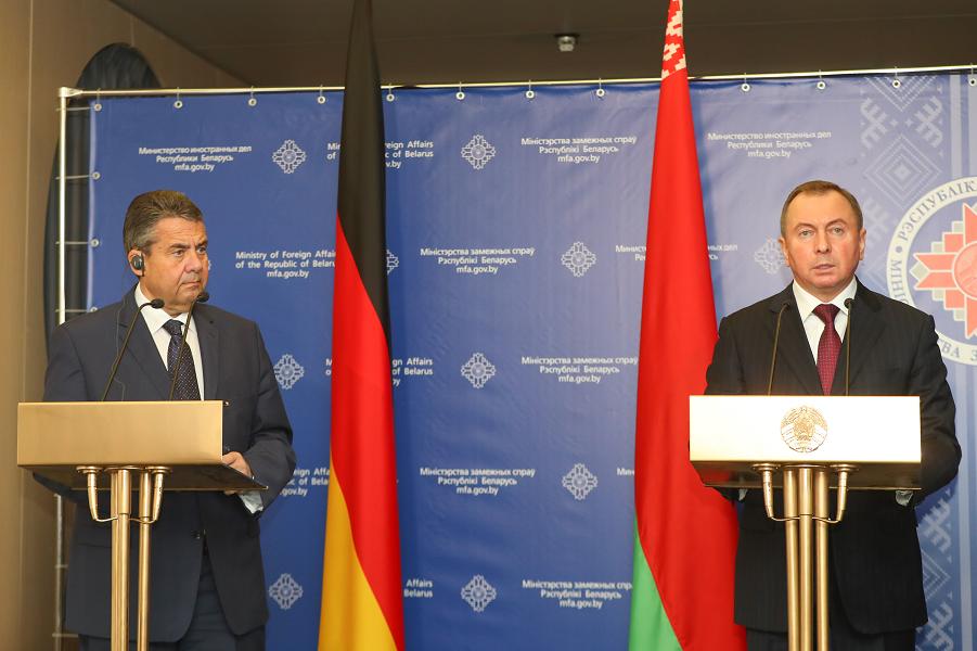 Борьба за Беларусь. Германия склоняет к сотрудничеству