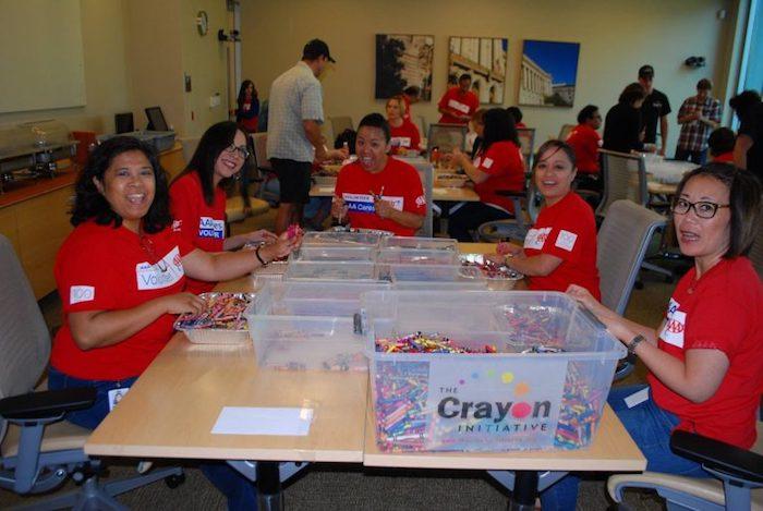 Теперь в проекте задействованы десятки добровольцев.