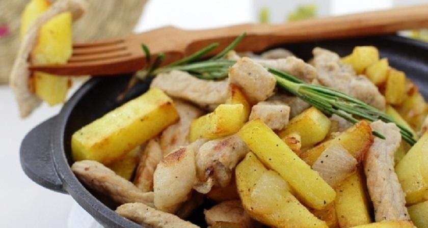 Жареная картошка с мясом: отличный рецепт на каждый день