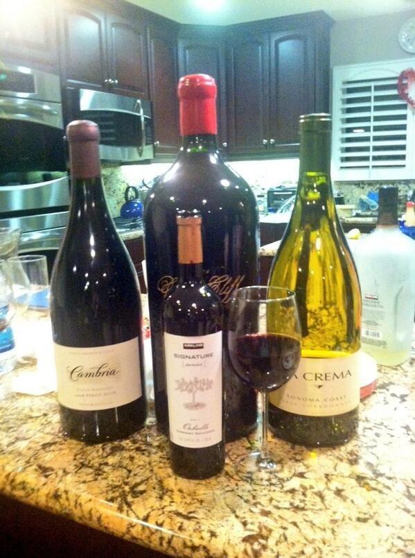 16. Вино в трехлитровых и шестилитровых бутылках америка, американцы, в мире, подборка, привычки, разные страны, сша, традиции