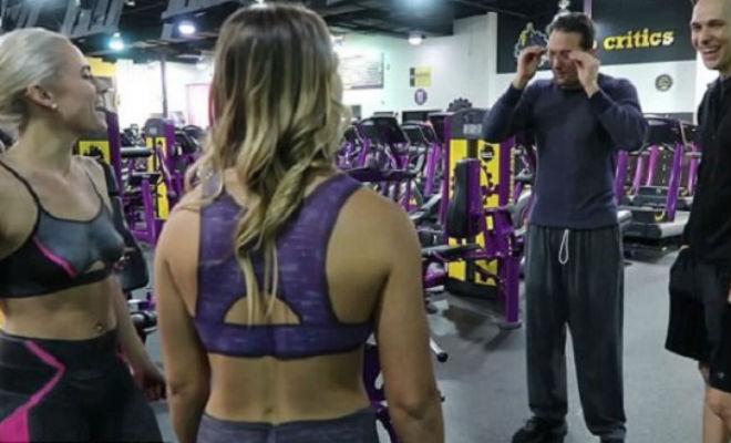 Две женщины нарисовали на себе одежду и пришли в спортзал проверить наблюдательность людей Культура