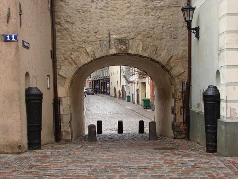 Крепостное право в Латвии: как немцы и шведы закабалили латышей история латвии
