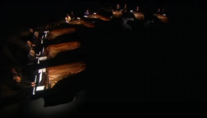 «Полет валькирий» на восьми роялях!