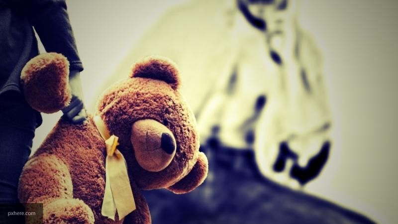 В Омске проверят родителей, которые подозреваются в истязании дочери