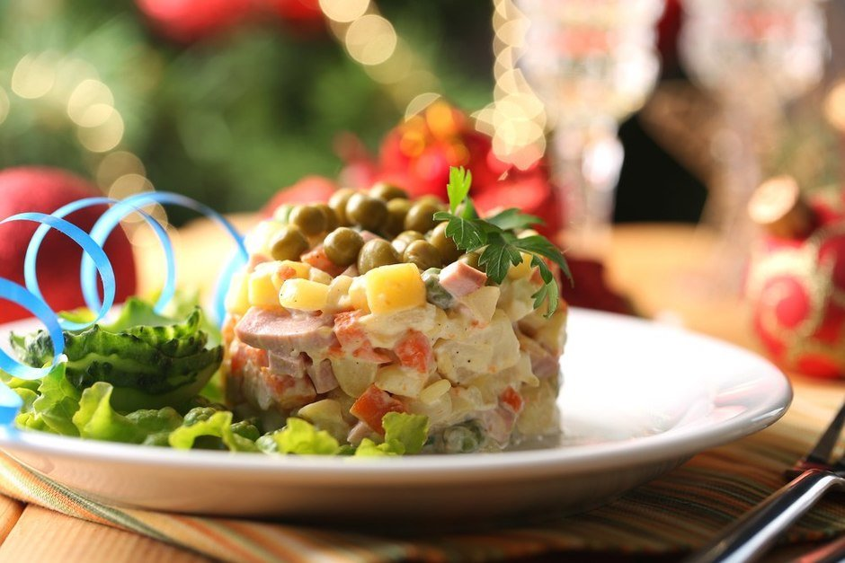 Десять классических советских блюд для новогоднего стола