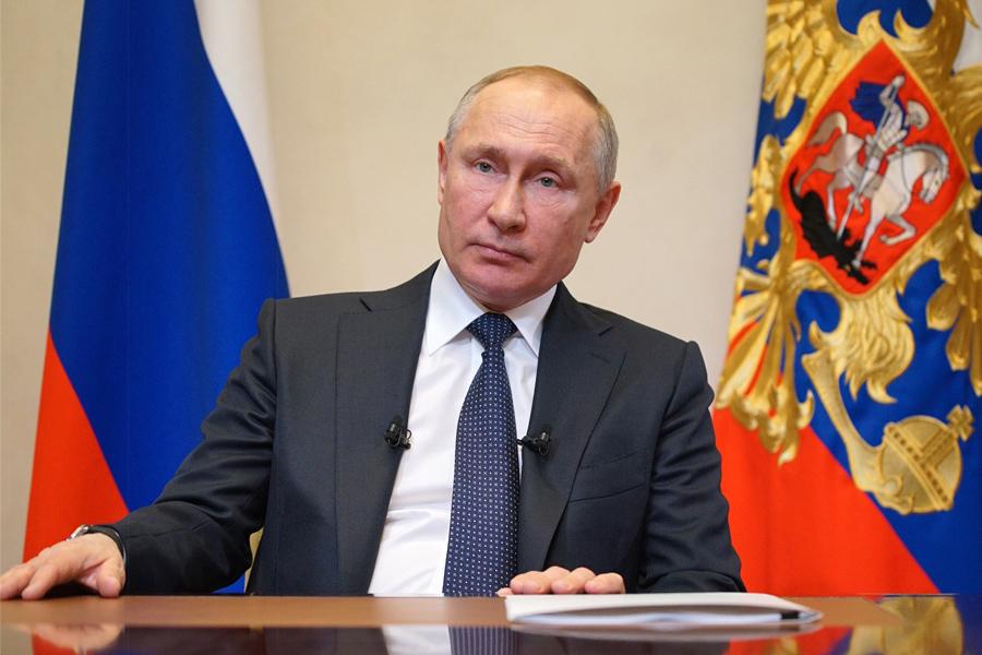 Об экстренной самоизоляции Владимира Путина бизнес,власть,коронавирус,население,общество,Путин,резервы,Россия,россияне,экономика