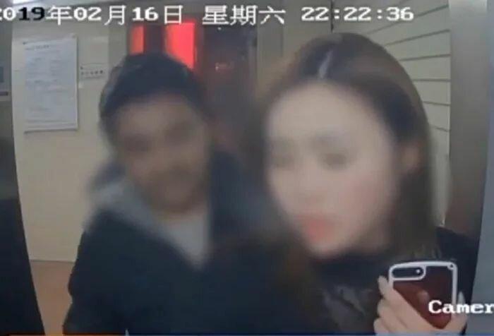 Грабитель вернул жертве деньги, увидев ее банковский счет