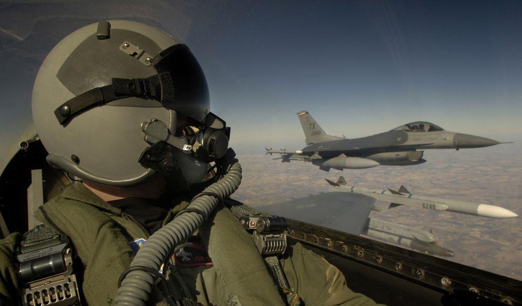 8 пилотов США раскрывают сво…