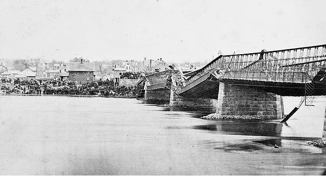 Почему мосты падают? архитектура