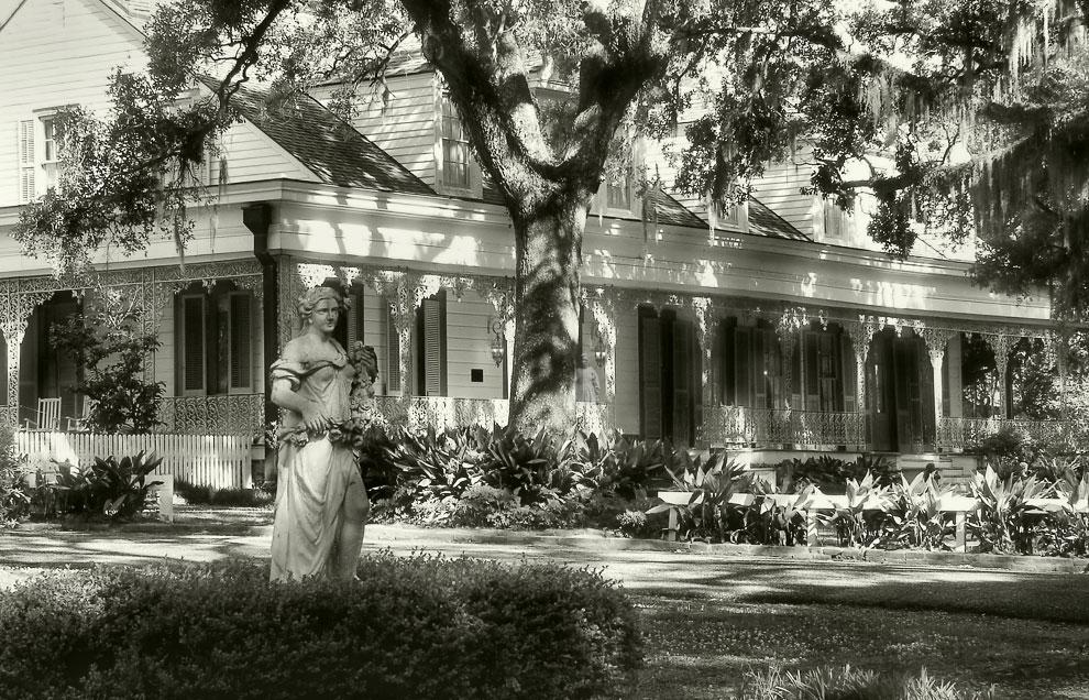 Самые популярные дома с привидениями