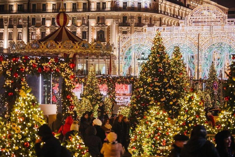 Москва, окутанная праздничным волшебством