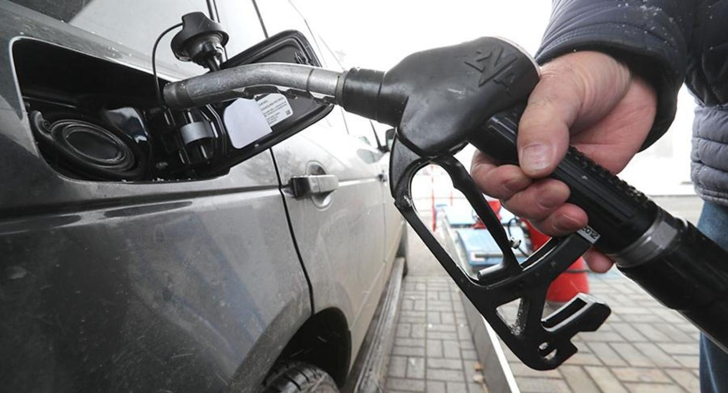 Из-за отмены демпфера в нефтяной отрасли рынок топлива лишится защитного механизма Автомобили