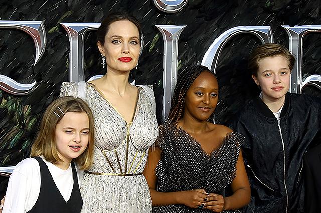 """Анджелина Джоли рассказала о своей приемной дочери Захаре: """"Она необыкновенная африканская женщина"""""""