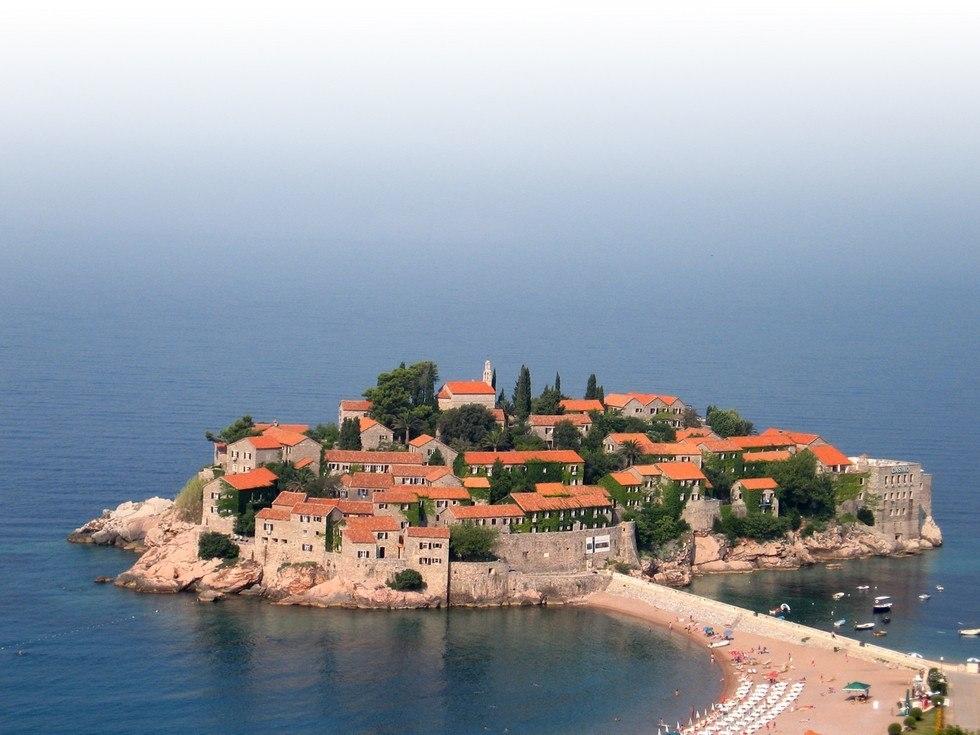 Свети Стефан: остров-отель в Адриатике