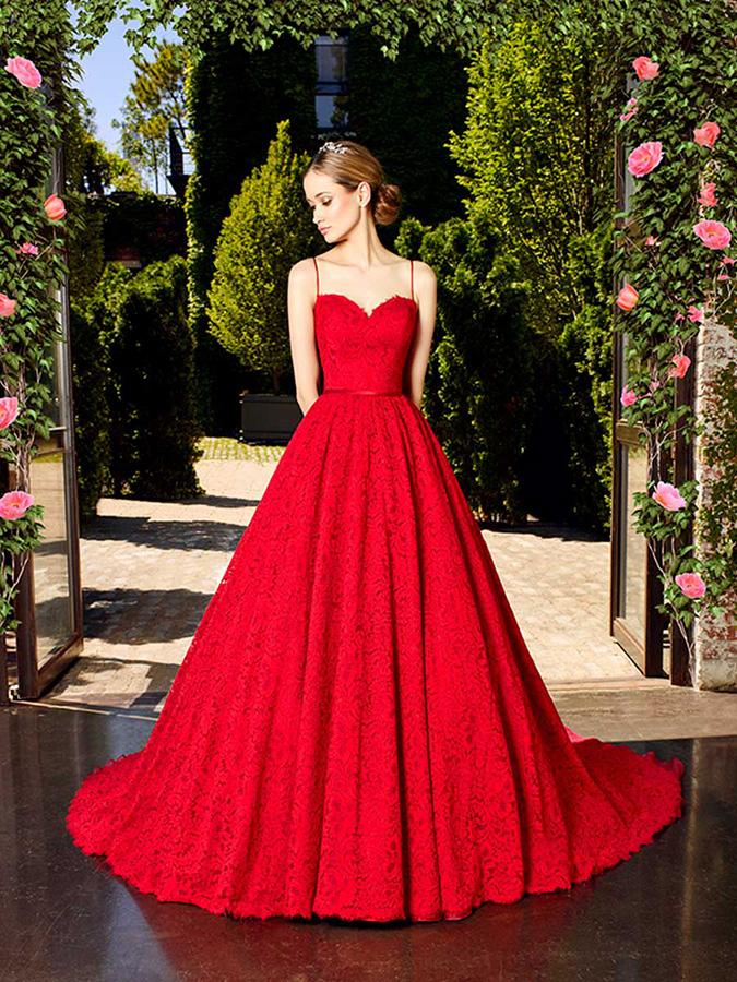 Картинки по запросу vestidos de novia rojos 2017